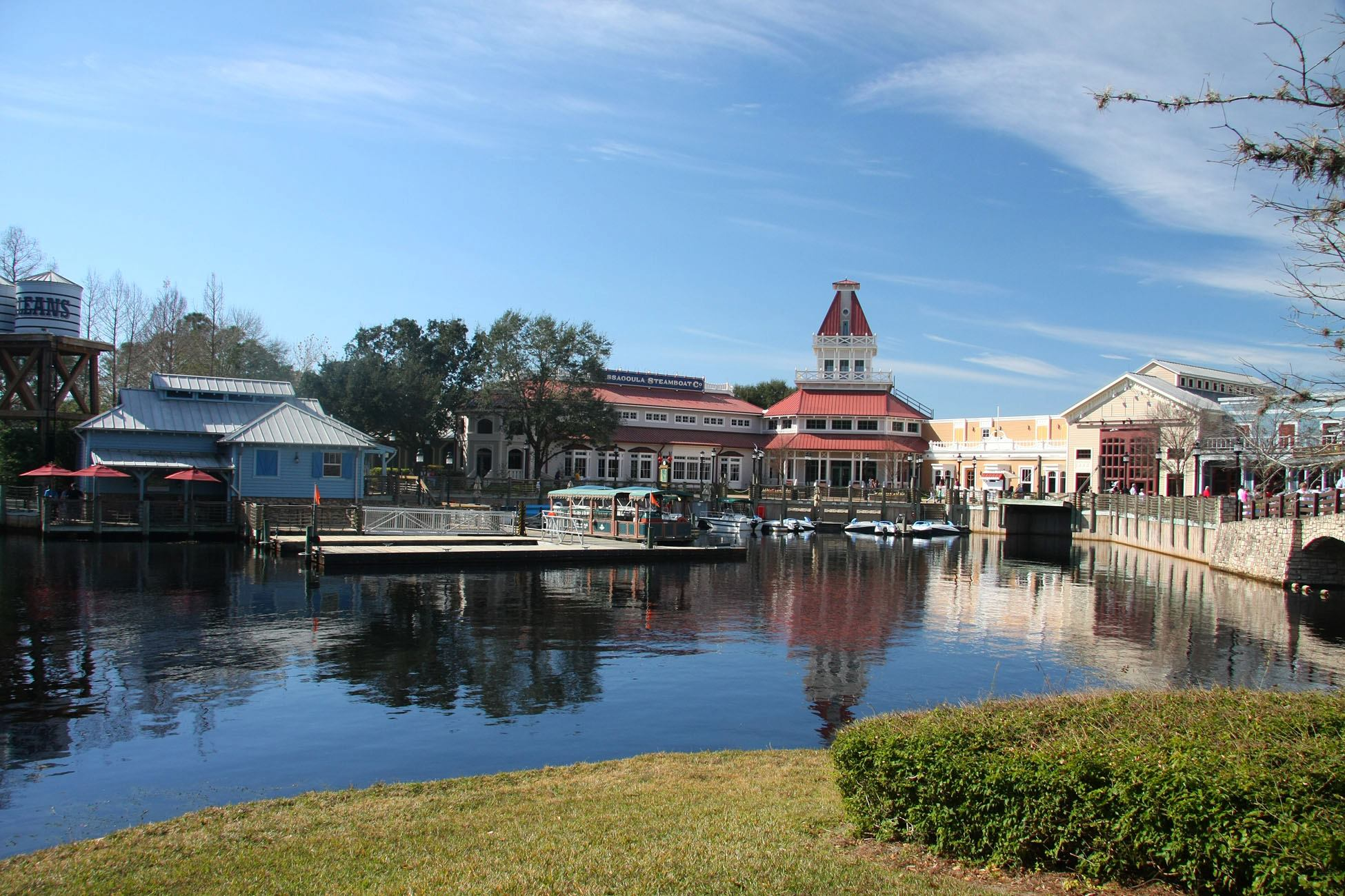 Disney S Port Orleans French Quarter And Riverside